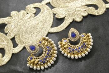 Designer Blue colour Earrings