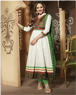 esha deol in white anarkali suit