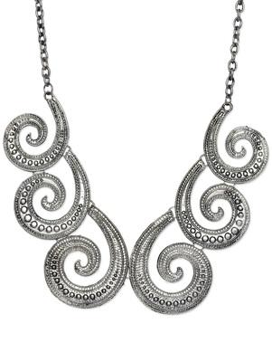 Silver curl neckpiece