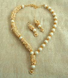 Buy Preety white pearl antique wedding bandani necklace Necklace online