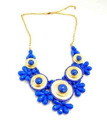 Acrylic Flower necklace -blue