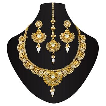 Emphatic antique necklace set