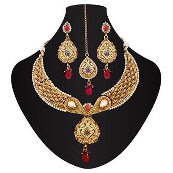 Lovely kundan necklace set