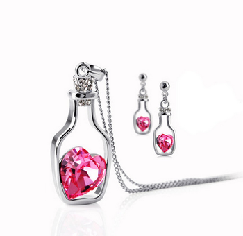 Morcrest Valentine Cocktail Heart Set (With Earrings)