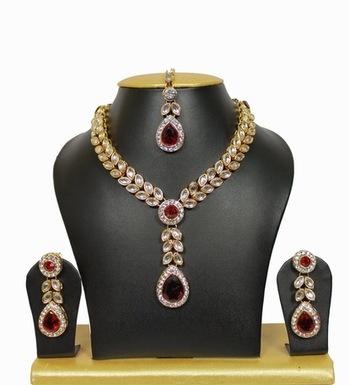 Nityanavi Kundan Necklace Set in Maroon