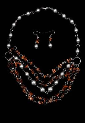 Just Women - Tiger eye and shell Pearl Necklace