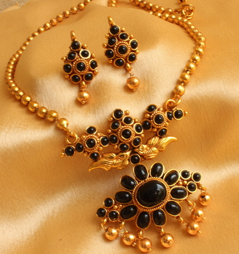 AWESOME ANTIQUE DESIGNER BLACK NECKLACE SET-DJ00277