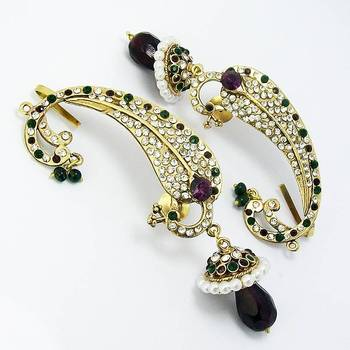 Victorian Curvy Peacock Earring Green Violet