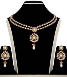 Buy Beautiful multicolor jewellery rakhi-gifts-for-sister online