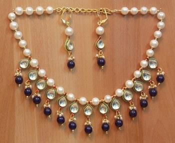 Royal EthnicIndian Party Bridal Beautiful ChokarPearl Kundan Drop necklaceset