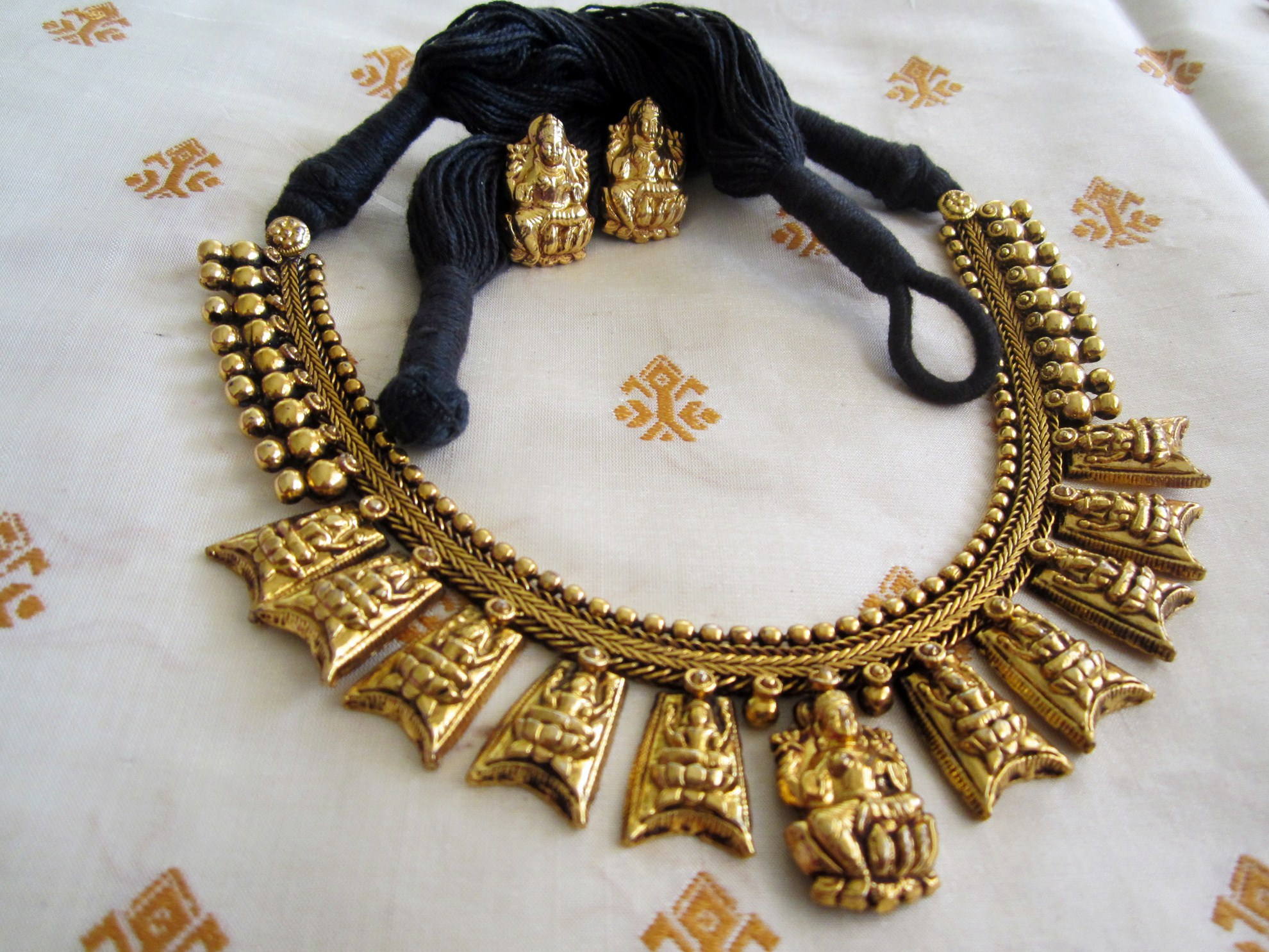pearl meenakari adrajewels necklace antique studded with