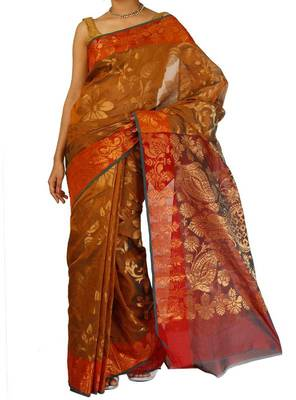 Banarasi zari boota Fancy Aanchal Border saree