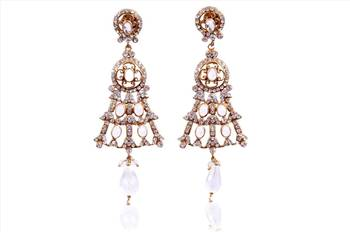 Get that sexy look on her with our fashio0ble earrings collections