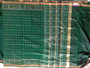 Green hand_woven silk saree with blouse