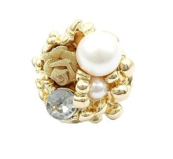 Pearl Rose Elegant Flower Ring